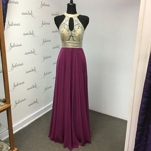 Clarisse 3087 Mulberry size 10